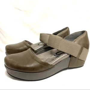 OTBT Migrant leather wedge Mary Janes